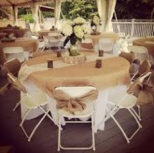 Round Table Decor Rustic Wedding Tables Are Just Amazing Burlaptablerunners
