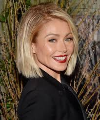 how do they curl kelly rippas hair kelly ripa tells us how to stop guacamole going brown