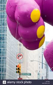 barney the dinosaur ballon passes broadway in the 2005 macy s