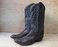 womens brown cowboy boots size 11 womens boots size 9 1 2 s cowboy boots vintage boots