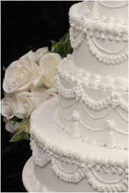 wedding cake frosting best 25 wedding cake frosting ideas on wedding cake