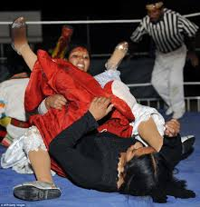 meet bolivia u0027s body slamming u0027fighting cholitas u0027 women wrestlers