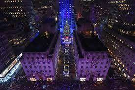 thousands attend rockefeller tree lighting brantford expositor