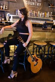 hire liz moriondo country band in kansas city missouri