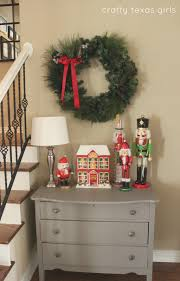 crafty texas girls christmas vignettes decorating beyond the mantle
