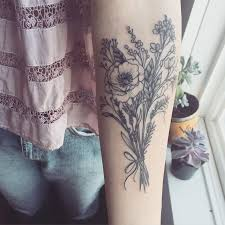 25 trending flower bouquet tattoo ideas on pinterest bouquet