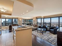 luxury condo overlooking mag mile 51st f vrbo