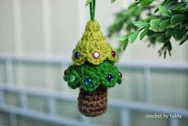 christmas in july u2013 begin by crocheting a christmas tree u2013 49