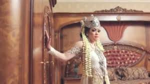 Wedding Dress Bandung Wedding Make Up Bandung Beauty In Veil Youtube