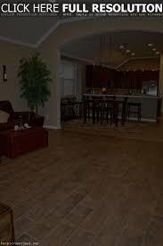 Laminate Floor That Looks Like Wood Tile Flooring Looks Like Wood Planks Floor Decorations And