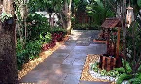 contemporary garden designs idea for small gardens landscaping