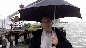 review of senz stealth umbrella a high tech umbrella reviewd by