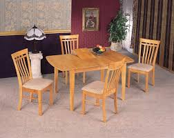 Butterfly Leaf Dining Room Table by 5 Piece Butterfly Leaf Dining Set In Maple Finish By Coaster 4267