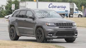 jeep hellcat truck hellcat powered jeep grand cherokee will debut in new york