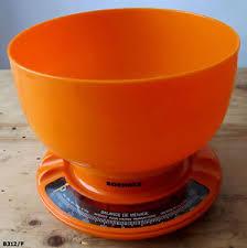 objet de cuisine balance de cuisine ancienne soehnle en plastique orange objet de