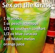 Mix Southern Comfort With On The Grass Vodka Peach Schnapps Southern Comfort Blue