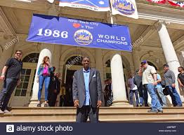 Doc Gooden Ex 1986 Mets - new york city usa 28th apr 2017 dwight gooden on the steps of