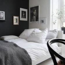 black walls in bedroom how to decorate a bedroom with black walls