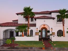 Modern Spanish Homes Hcrbl House Front Yard Picket Fence After S Rend Hgtvcom Amys Office