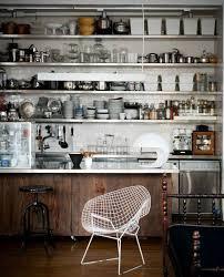 sur la cuisine cuisine industrielle 43 inspirations pour un style industriel
