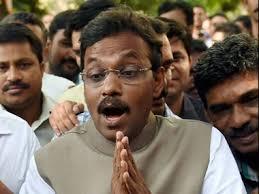 Maharashtra Cabinet Ministers Tug Of War Over Bungalow Maharashtra Bjp Leaders Eye A Sea Facing