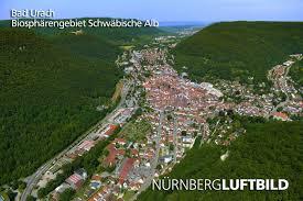 Albthermen Bad Urach Urach Biosphärengebiet Schwäbische Alb Luftbild