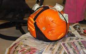 Pumpkin Carving Meme - my parents won a pumpkin carving contest last year awkward