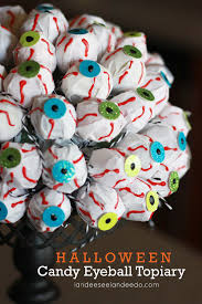 Halloween Eyeball Lights Halloween Candy Eyeball Topiary Landeelu Com