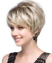 easy medium hairstyles for moms on the go image result for short hairstyles for fat faces and double chins