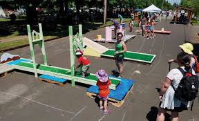 did you know you can play a 9 hole portland themed mini golf