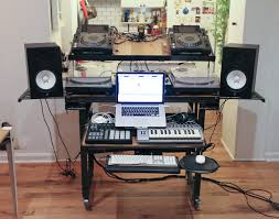 Studio Production Desk by A Custom 2 In 1 Production Desk And Dj Booth For People With Tiny