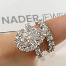 Pear Shaped Wedding Ring by Best 25 Pear Ring Set Ideas On Pinterest Pear Shaped Wedding