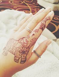 henna elephant this would hurt as a tat but it u0027s soo cute i