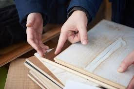 tips for effectively cutting hardwood flooring material