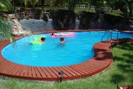 construire sa piscine extérieure en 10 photos explicatives