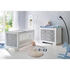 ensemble chambre bebe ensemble chambre bébé avec lit à barreaux évolutif 140x70 cm et