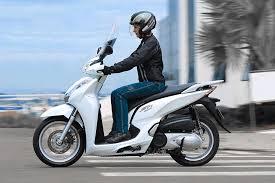 mais uma motoca original hoje é dia do scooter honda sh300i fullpower