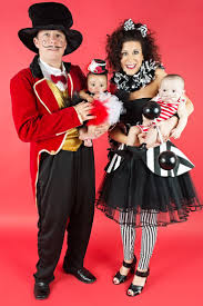 family of 4 halloween costume ideas
