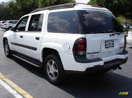 chevrolet trailblazer white 2004 summit white chevrolet trailblazer ext ls 4x4 16316411 photo