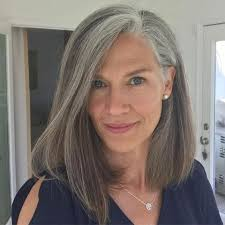28 edgy and elegant haircuts for women over 50 page 16 of 28