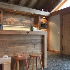 cuisine chalet bois cuisines chalets idée déco et aménagement cuisines chalets domozoom