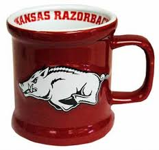 amazon com ncaa arkansas razorbacks mug ceramic relief sports