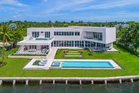 coral gables luxury homes fadel brieva p a extraordinary spec home in coral gables hit