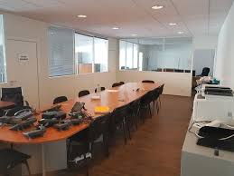 au bureau vaulx en velin location bureau à vaulx en velin annonces bureaux à louer