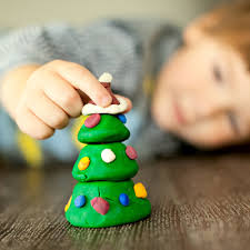 Holiday Crafts For Preschoolers - diy kid friendly holiday crafts what to expect