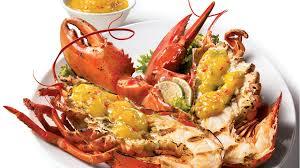 comment cuisiner un homard homards grillés sur le barbecue et sauce à la mangue épicée