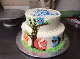 woodland creatures baby shower cake zone romande decoration