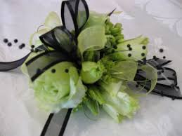 and black corsage corsage in black green