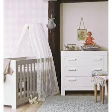 chambre bebe bois massif chambre bébé essentielle bois massif blanc aaroblck02