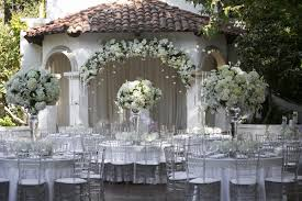 silver wedding ideas 12 ways to use silver in your décor inside